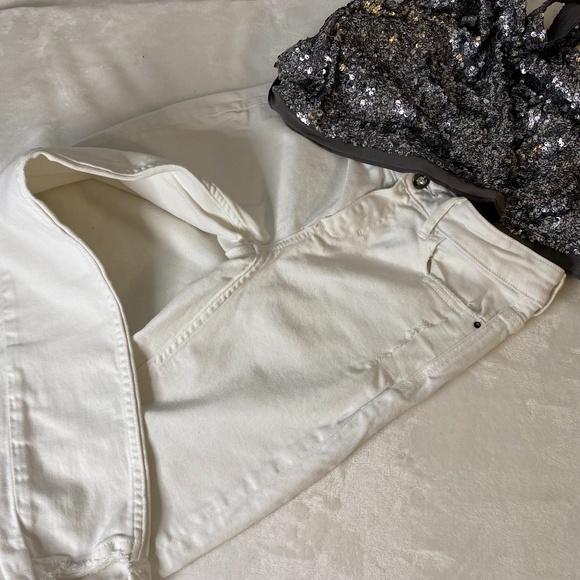 ZARA | Mid-rise Jeans with Asymmetric Hem